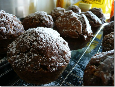 chocolate spice muffins 011