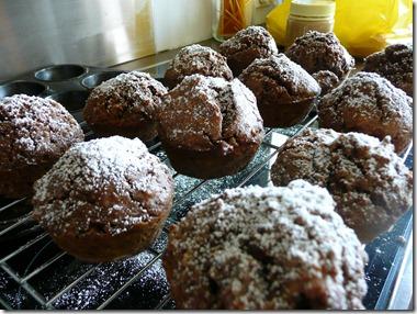 chocolate spice muffins 014